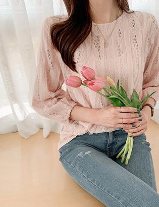 Logilace blouse C031903